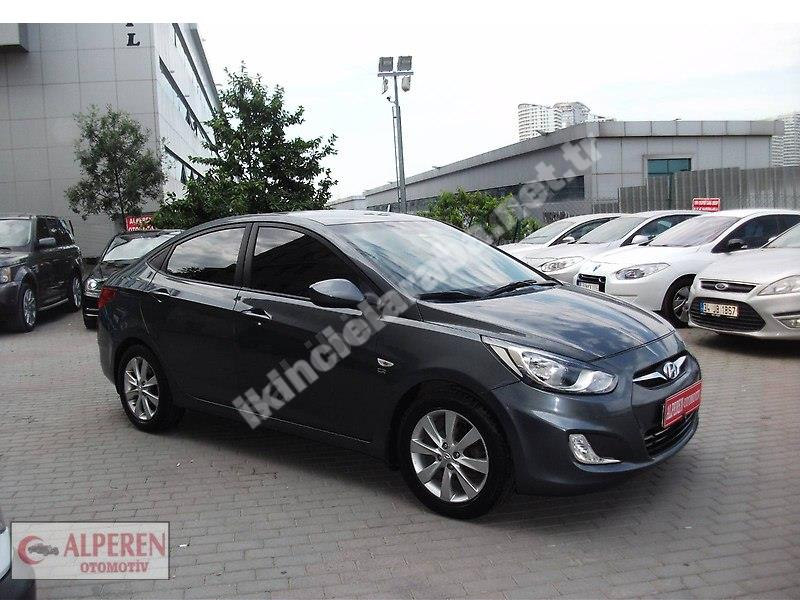 Hyundai Accent Blue 1.6 CRDI Mode Plus 2012 Dizel