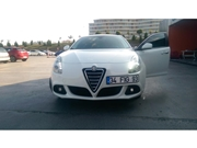 Alfa Romeo Giulietta 1.4 TB MultiAir Distinctive 2012 Model