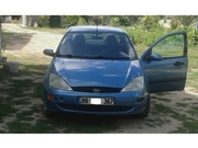 Ford Focus 1.6 Ghia 2000 Model